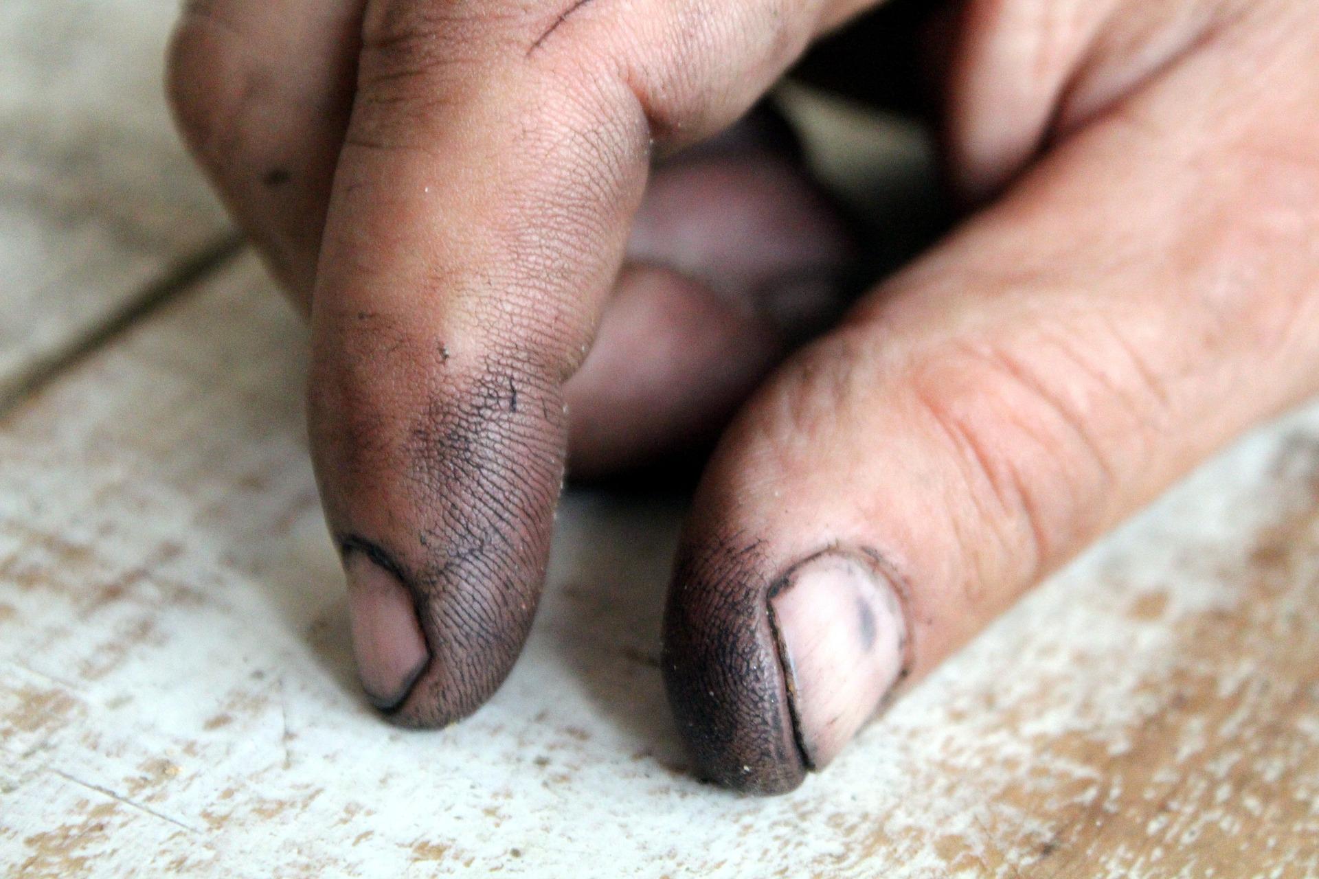 hand-1370026_1920